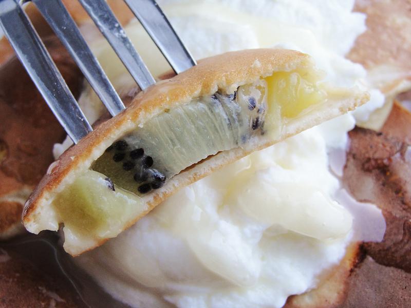 Przepis na: Kiwi w cieście z miodem rzepakowym Portal Pszczelarski