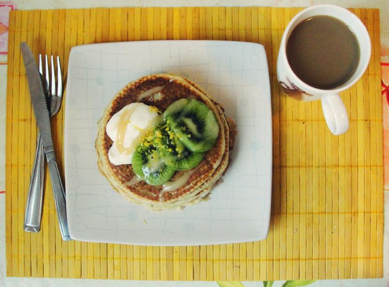 Przepis na: Pancakes cytrynowe z miodem Portal Pszczelarski