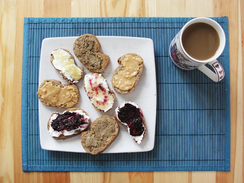 Przepis na tosty na słodko Portal Pszczelarski