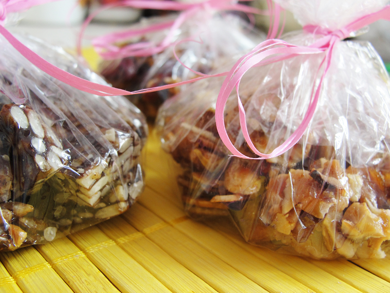 Przepis na zdrowe cukierki z miodem karmelki